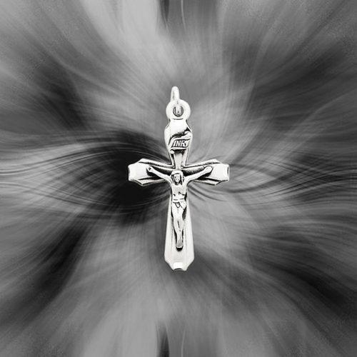 Quality Sterling Silver Antiqued INRI Crucifix Pendant QC5437